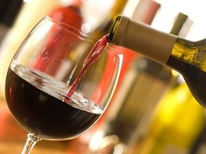 Alcohol industry targets elderly drinkers