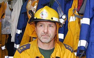 Tinbeerwah Rural Fire Brigade volunteer firefighter Ken Stockton. Photo: Geoff Potter/n18827
