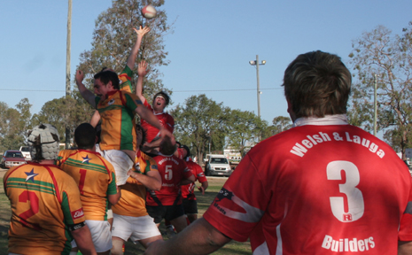 OUT OF REACH: Players from both sides contest the lone out in the Drovers-Colts match in Moura on the weekend.