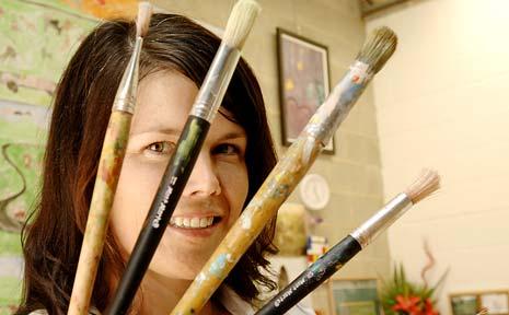 Art Class for Kids teacher Hailey Ainsworth in her Ballina studio.