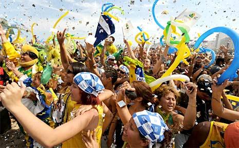 Rio celebrates winning the 2016 Olympic bid.