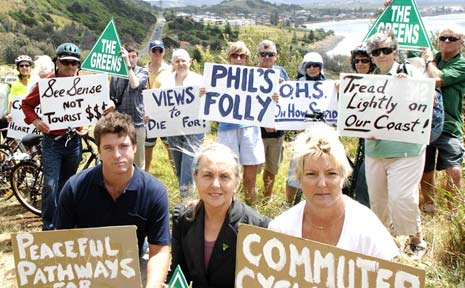 ONE VOICE: Greens MP Lee Rhiannon (centre front) joins Ballina councillor Jeff Johnson and Lennox Head Chamber of Commerce president Louise Owen at a protest yesterday over the preferred route for the coastal pathway.
