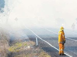 Smoke from grass fire affecting traffic near Wacol
