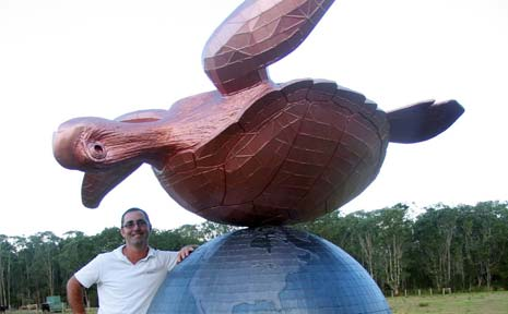 Bernie O'Gorman and 'A Delicate Balance' - a large sculpture creating quite a stir on the road in to Mullumbimby.