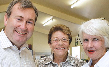 Member for Bundaberg Jack Dempsey with the Bundaberg Genealogical Society's Rhonda Harris and Margaret Scott.