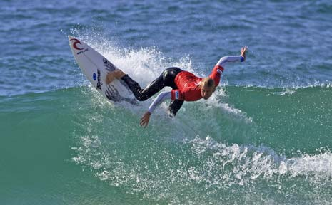 Lennox Head's Owen Wright faces a lay-off from surfing after busting an eardrum and injuring his neck and leg in Portugal late last month.