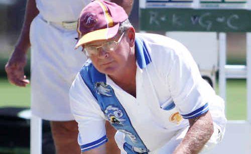 Graham Kunkel carefully bowls.