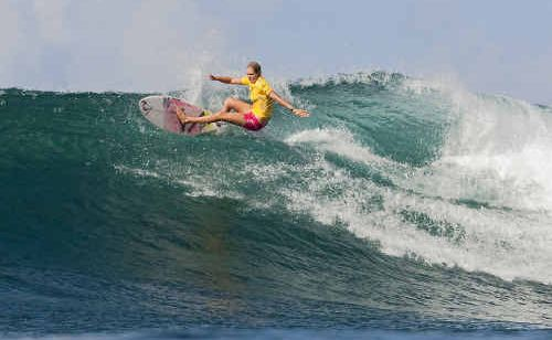 TWEED'S Steph Gilmore has carved her way to a third consecutive Association of Surfing Professionals (ASP) World Title.