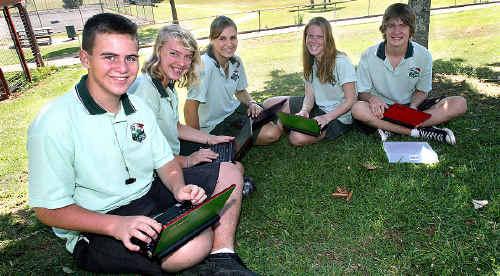 Callum Yeo, Nicola Albury, Mary-Anne Grant, Michelle McAndrew and Matt Bennett with their new laptops.