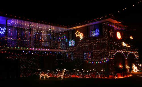 Darren and Jodi Vickery have created an impressive display of lights at their house on McPhail Street, Kingscliff. Check out other homes in the area through our Lights Watch.