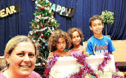 Gabby Close and her children, from left, Zayd, Harpa, Honey, Tekoa, and Zion.