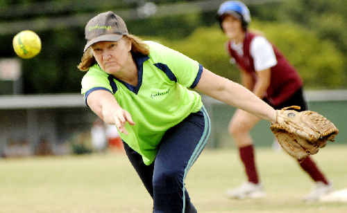 Kathy Johns in action on the mound for Breakaways in their Far North Coast softball clash with Dodgers Saints at Albert Park, Lismore, last Saturday.