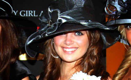 Renae Mackenzie, of Iluka, has been crowned Miss Photogenic Australia.