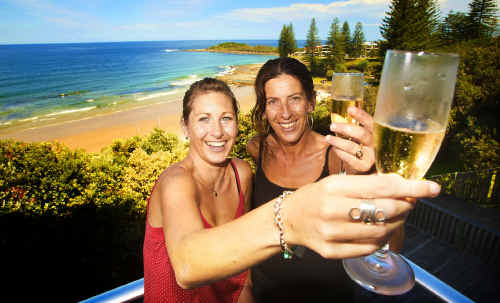 Vanessa Bates and Vicki Bennett get ready to toast New Year 2009 at the Pacific Hotel.