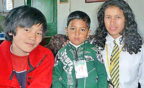 Thomas Kramer with Saken Shrespha and Santu Siwakoti in Nepal on the recent trek.
