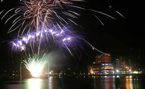 Tweed Heads and Coolangatta will be the place to be this New Year's Eve with fireworks welcoming in the New Year across the two time zones.