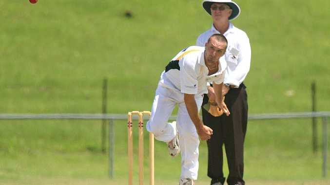 Terranora match-winner David Parkes delivers during Saturday's limited-overs clash with Murwillumbah.