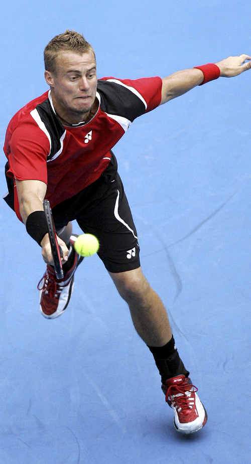 Australia's Lleyton Hewitt is due to take on Marcos Baghdatis in the third round of the Australian Open this week but Maryborough tennis coach Bruce Rayner reckons the tenacious Aussie will give the in-form Cypriot a run for his money.