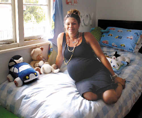 Leah Rettenmaier, from Byron Bay, is to give birth to her fourth child at home in less than three weeks because she says it is a safer option than travelling to the Lismore or Tweed hospitals. Ms Retttenmaier says she advocates choice when it comes to childbirth.