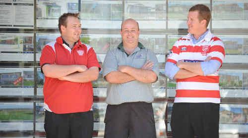Grafton captain Chris Jackson with new sponsors, Mark Knott and Craig Chad.