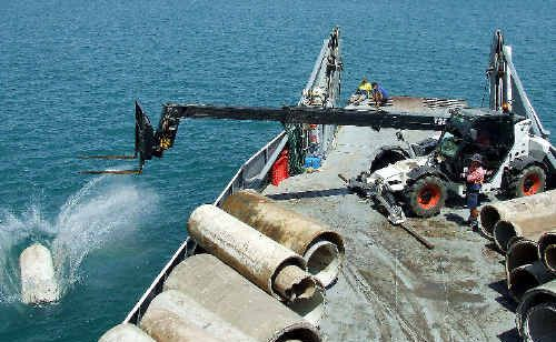 More than 70 concrete pipes were dropped on the Roy Rufus Artificial Reef at the weekend.