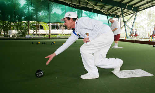 Jeff Slater successfully competes in the Hyundai qualifiers at Rockhampton Bowls Club on Saturday.