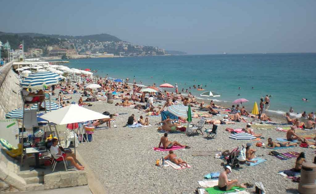 The always crowded pebbled beach in Nice.