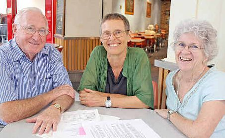 City of Lismore RSL Sub-Branch president Bob Mowle with RaHOW founders Sabina Baltruweit and Margaret Loong.