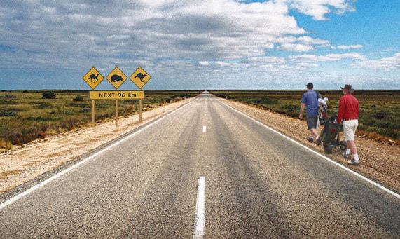 The Nullarboar Links stretches an amazing 1365 kilometres across two States.