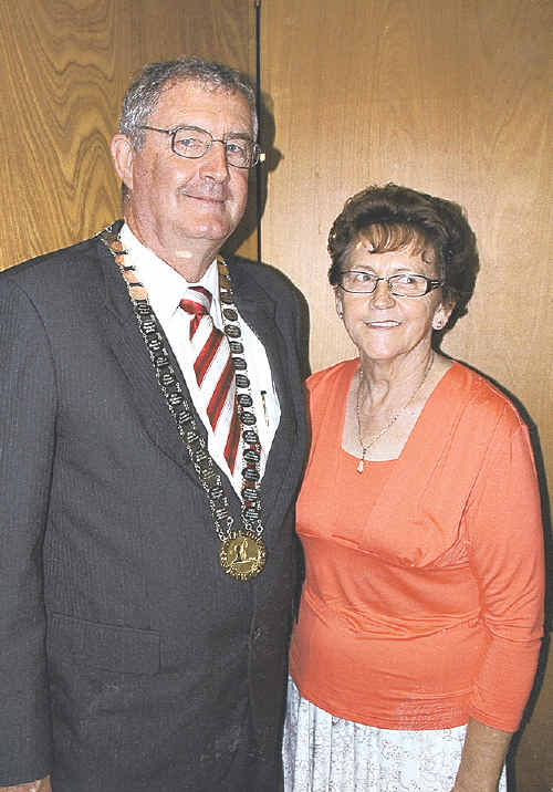 CHAIN REACTION: Gympie Regional Mayor Ron Dyne wore the Mayoral Chain at this year's Australia Day ceremony. He is pictured with former Gympie City Council Mayor Joan Dodt who was the Mayor when the chains were made and presented to council.