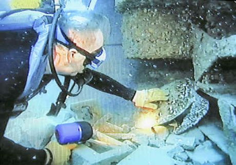 One reader would like to see more artificial reefs
