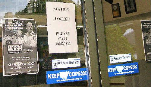 'Station locked'.