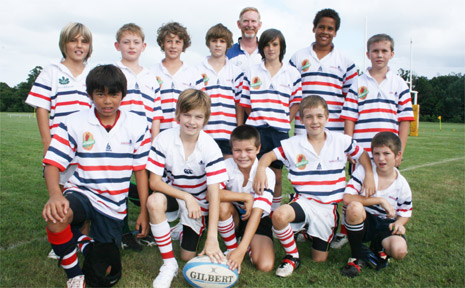he Byron Bay Public School's rugby union team gets ready to participate in the gala day at Bangalow last Friday.