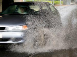 Crashes on wet roads