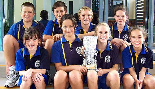 The South Gympie Primary hockey team.