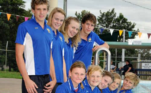 Members of the Gympie Gold Fins Swimming Club to have competed in the Wide Bay Regional Championships last month drew on each other for support to achieve.