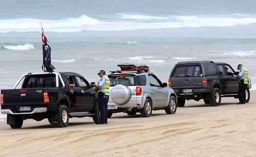 Police urge 4WD owners to play it safe on holiday weekend.