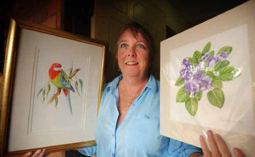 Grafton Artsfest tutor and Lake Macquarie botanical illustrator Belinda Biggs will show students techniques for painting plants in both black and white and watercolour.