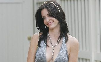 Courtney Cox-Arquette in Cougar Town.