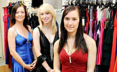 Melanie Green, Hannah Black, Katie Blavius are set for the Show Ball.