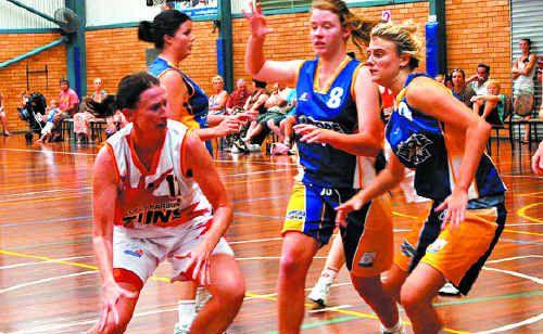 Bonnie Kuchel takes on the Lismore defence.