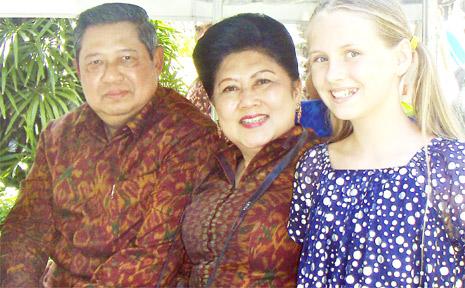 Raani Nichols, Indonesian president Susilo Bambang Yudhoyono and the First Lady.