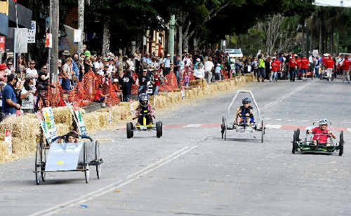 Blast from the past: Tom Woolley, from Teven-Tintenbar Public School, in the lead during a heat of the Schools Challenge at a previous Bangalow Billycart Derby.