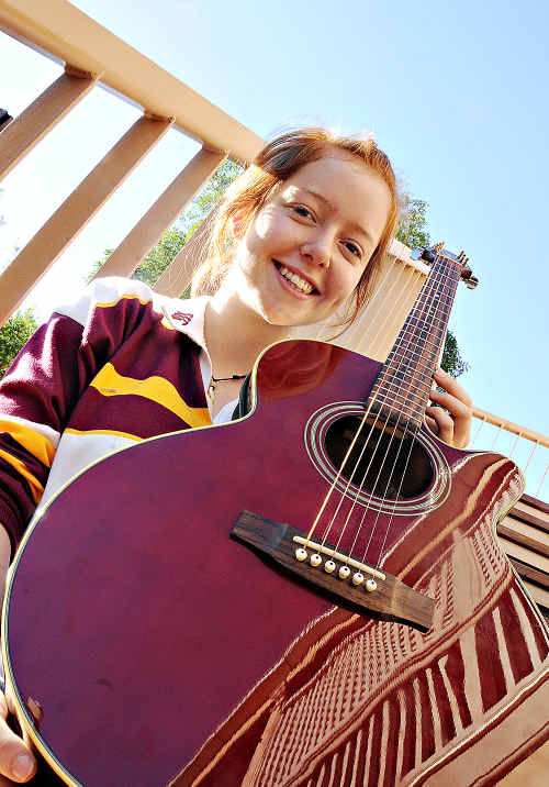 Help Gympie State High school student Clare Quinn get a gig at the Caloundra Music Festival by voting for her online.