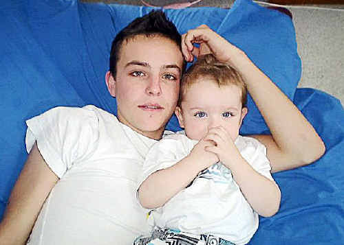 Duncan Sawyer, with his younger brother Tyla, could be home in four months.
