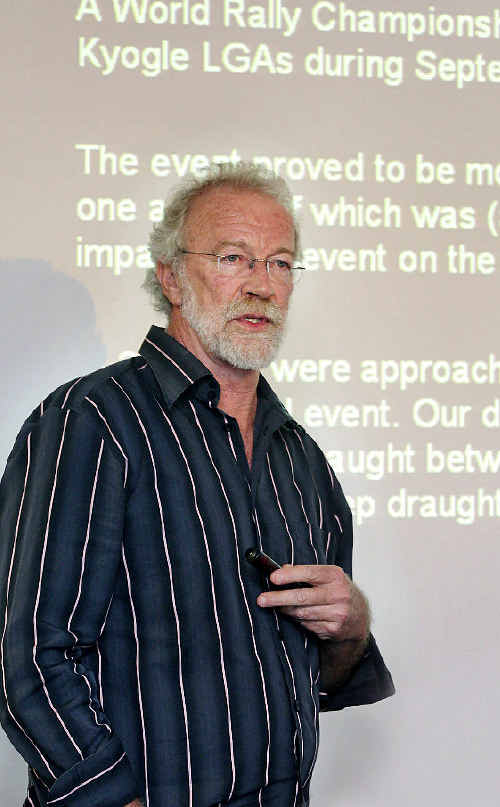 Detailed study: Ecologist Dr Stephen Phillips briefed Tweed councillors yesterday on the environmental impact of the rally.