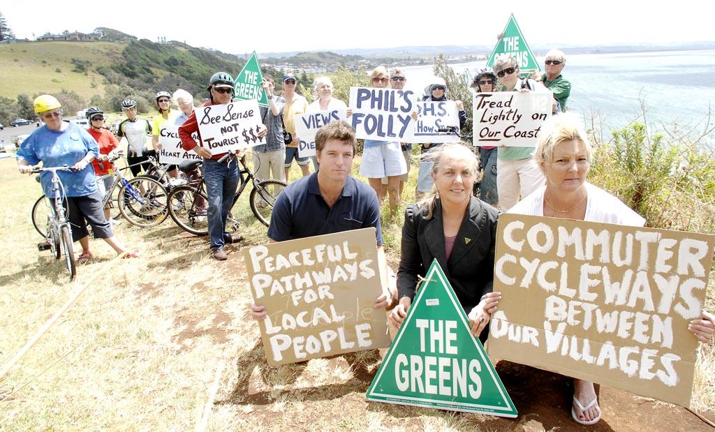 Ballina-Lennox Head cycleway protestors.