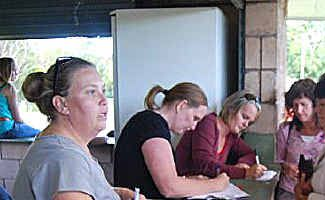 Players signing up for the Kyogle Netball Association.