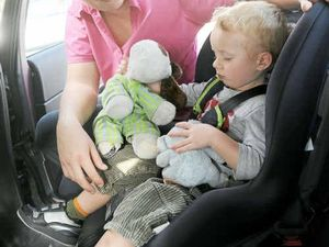 Learn how to install and use child car restraints