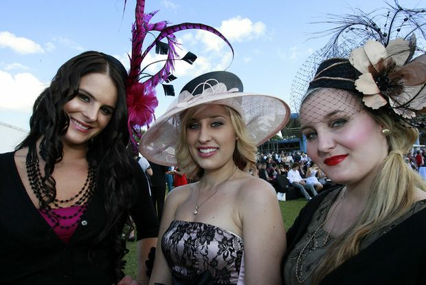 Tahnee Chapman, Helen Efremoff and Karlee McBroom at a previous Caloundra Cup Carnival. This year's Caloundra Cup Carnival is on Saturday 3 July and Sunday 4 July, 2010 at Corbould Park Racecource.